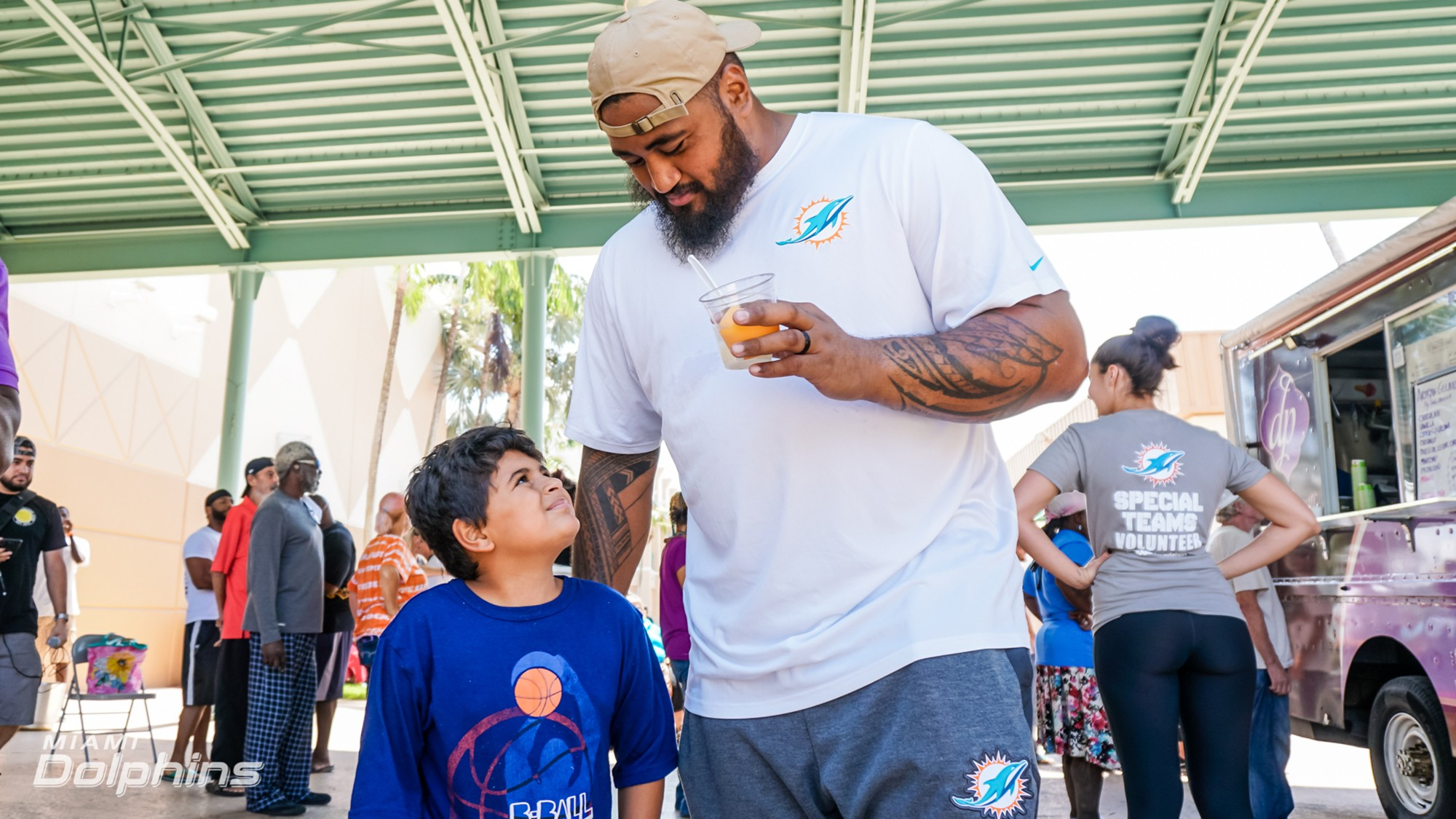 Miami Dolphins G Isaac Asiata at Red Cross Shelter