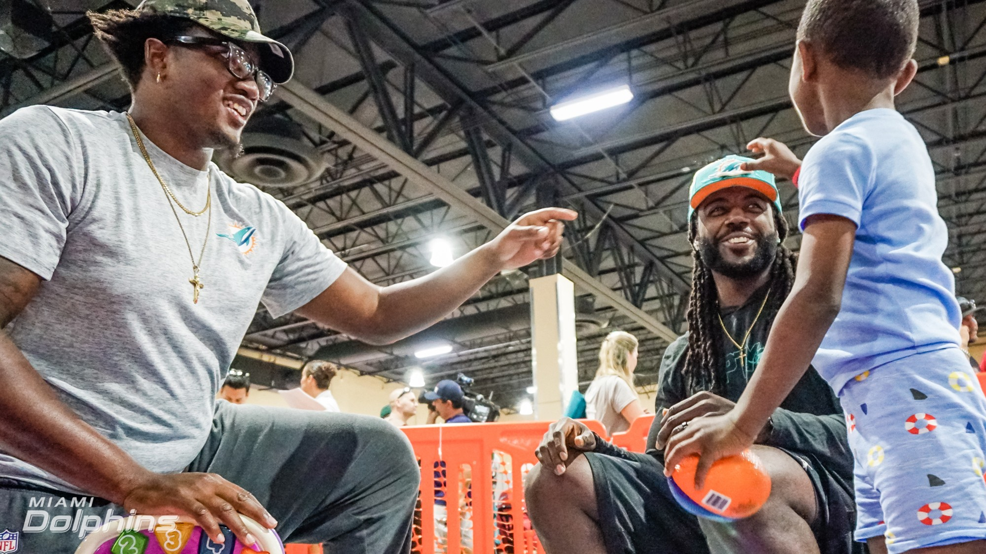 Miami Dolphins T Eric Smith (left) and TE MarQueis Gray (right) at Red Cross Shelter