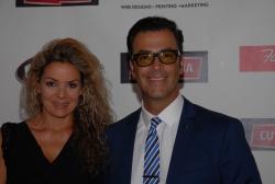 Humberto Rodríguez  con su esposa la productora Verónica Segrera