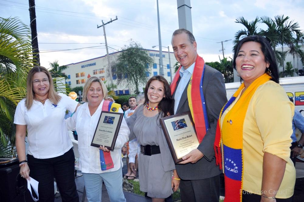 congresitas Ileana Ros-Lehtinen y Mario Diaz-Balart 4