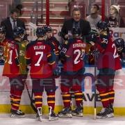 18 Senators Panthers