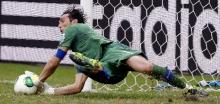 buffon penalti