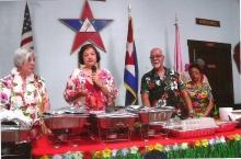 La hermana Alsacia Sakelis haciendo la invocación del acto, Maria Izquierdo jefa Sacerdotisa, Carlos Lemos Luminar y la Hermana Mirta Lemos.