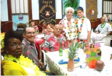 Maria Izquierdo Jefa Sacerdotisa su esposo y amigos.