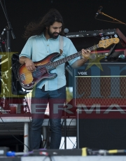 Young the Giant 8