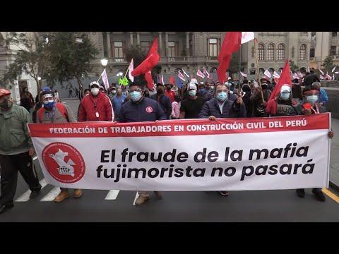 Seguidores de Castillo protagonizan protestas contra el JNE