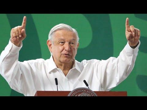 """López Obrador celebra """"triunfo"""" de consulta popular en México"""