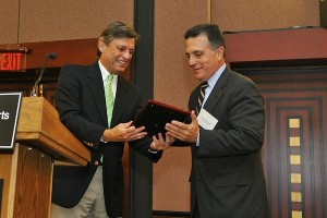 The-Honorable-Jorge-Labarga-Chief-Justice-of-the-Supreme-Court-of-Florida-Manuel-Farach-PBCHBA-Chief-Justice-Jorge-Labarga-Leadership-Award-Recipient